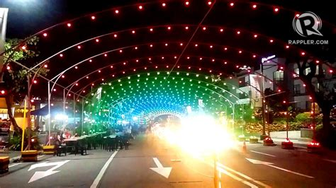 life university christmas lights 2017 look 7 magical christmas light and sound shows to catch