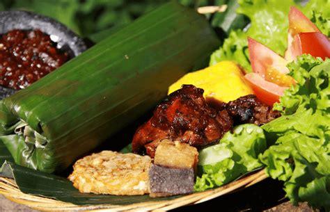 nasi goreng satria sinarjaya 20 makanan khas sunda yang menggoyang lidah dan bikin