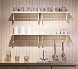 kitchen wall storage ideas closed cabinets vs open shelves