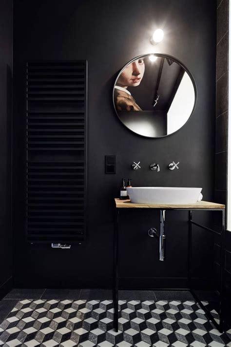 Bathroom Tiles with Black