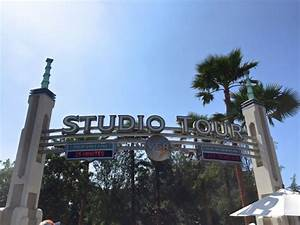 Check Out The Nighttime Studio Tour At Universal Studios ...