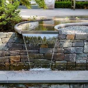 Der Naturstein Garten : individuell geplantes wasserspiel sonderanfertigung aus naturstein grauwacke der firma ~ Markanthonyermac.com Haus und Dekorationen