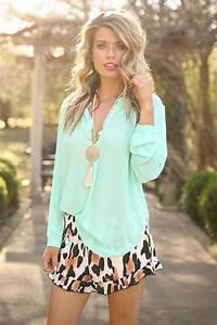 Boutique Fiesta Online : fiesta forever leopard shorts impressions online boutique ~ Medecine-chirurgie-esthetiques.com Avis de Voitures