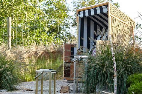 Garten Ostsee Gestalten by Ein Strandkorb Im Garten Bringt Die Nordsee Oder Ostsee