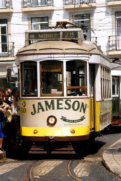 Lisbona Turisti Per Caso by Lisbona Linea 28 Viaggi Vacanze E Turismo Turisti Per