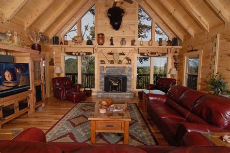 6 Bedroom Cabins In Gatlinburg by 5 Reasons You Should Stay In A 6 Bedroom Cabin In Gatlinburg