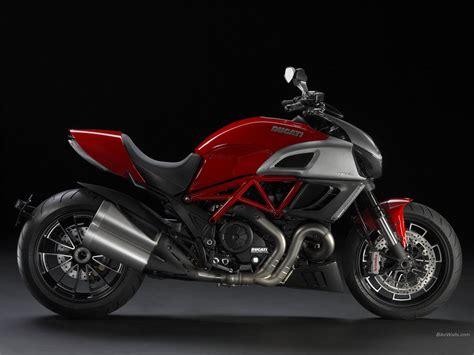 motor bikes ducati diavel