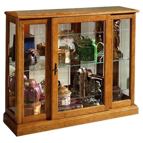 pulaski curio cabinet 21131 curio cabinets house home
