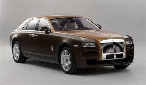 rolls royce announces   tone bespoke option  ghost