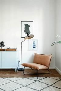 1001 photos inspirantes d39interieur minimaliste With tapis berbere avec comment teinter un canapé en cuir