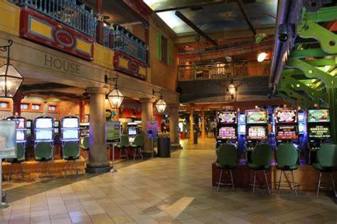 interior photo  landing area argosy casino alton