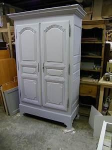 Meuble Repeint En Gris Perle : armoire ancienne repeinte en gris et patin e atelier de ~ Dailycaller-alerts.com Idées de Décoration