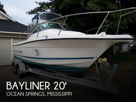 Bayliner Boats For Sale In Mississippi by Sold Bayliner 2052 Trophy Boat In Springs Ms 061225