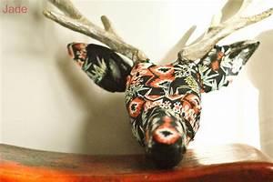 Tete De Cerf Carton : 1000 id es sur le th me tete de cerf origami sur pinterest tete de cerf decoration de noel ~ Teatrodelosmanantiales.com Idées de Décoration