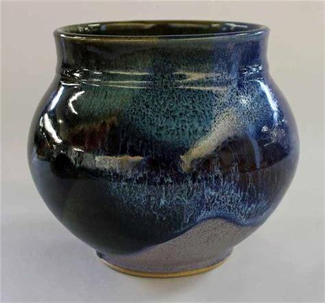 australian pottery drip glaze vase marked  base heigh