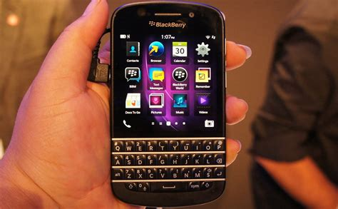 when did cell phones become popular blackberry q10 complete with that physical keyboard