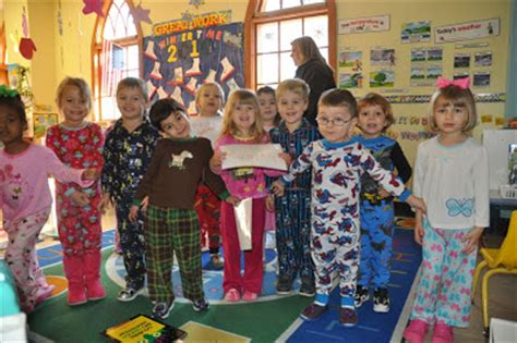 irenic thoughts pajama day at the preschool 428 | pajamaday 4