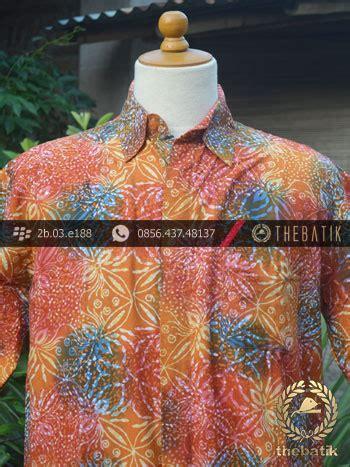 Kemeja Batik Hitam Cahyo Merah kemeja batik modern motif gradasi merah thebatik co id
