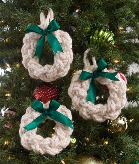 christmas decorations knitting patterns   loop knitting