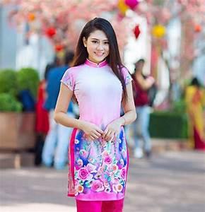 Áo dài cách tân vạt ngắn hot nhất hè Sài Gòn