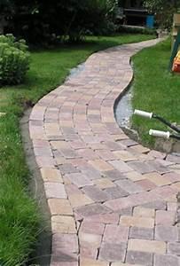 Gartenweg Anlegen Günstig : gartenweg selbst anlegen ~ Markanthonyermac.com Haus und Dekorationen