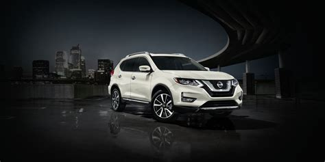 nissan rogue review pricing  specs