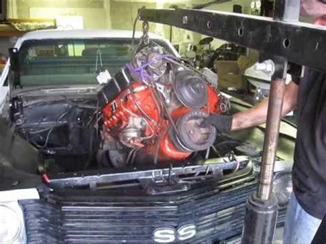 removing  chevy  motor  tranny    el