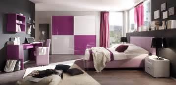 designer jugendzimmer modernes schlafzimmer in lila hochglanz aus italien modell colorativi1 exklusive moderne