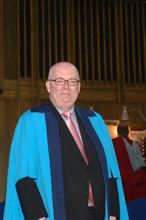 simon lindley choral conductor organ short biography
