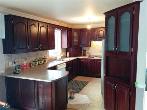 refaire sa cuisine rustique en moderne refaire sa cuisine en chene armoire de chene a dcaper