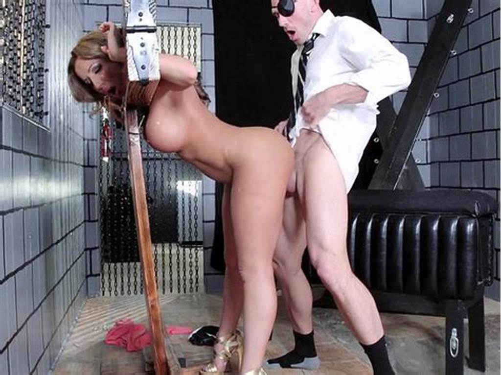 #Richelle #Ryan #Getting #Pounded #Doggy #Style #In #A #Pillory