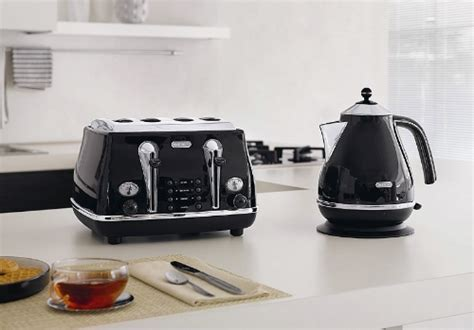 Delonghi Icona Kettle And Toaster Black