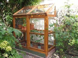 Fabriquer Une Serre En Bois : une serre pour quoi faire ~ Melissatoandfro.com Idées de Décoration