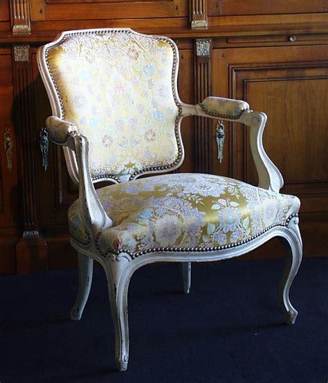 tissu tapissier pour fauteuil 28 images fauteuil voltaire x2 vii du si 232 ge au d 233 cor