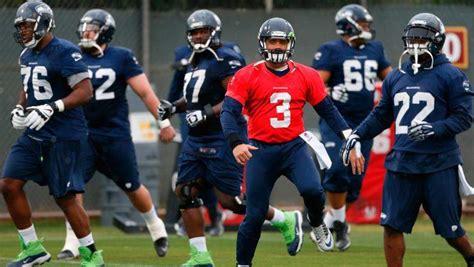 seattle seahawks colors quarterback super bowl
