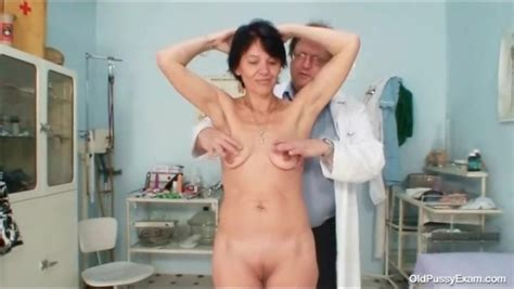 Deep Look Inside Her Pussy During Gyno Exam Mature Porn