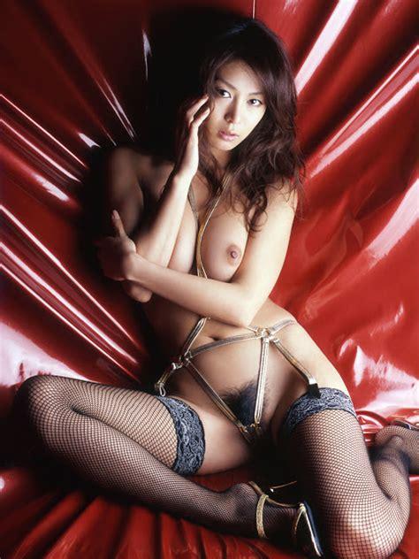 honoka maki japanisches idol nude