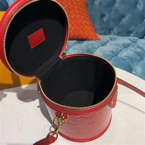 louis vuitton cannes beauty case bag cm monogram vernis canvas springsummer  collection