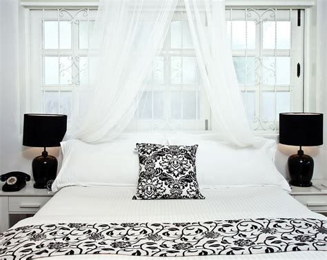 chambre moderne adulte blanche