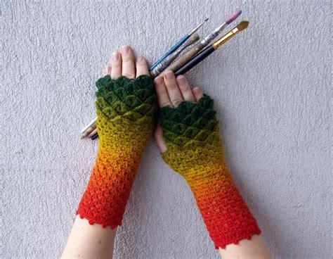 Crocodile Stitch Fingerless Gloves Crochet Pattern