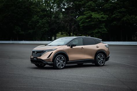 Explore the new nissan ariya 100% electric suv with a targeted range of up to 300 miles, two battery options, awd, advanced driver assist features, and a premium interior. Nissan confirms no plans to produce new Ariya EV at ...