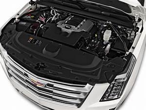 Image  2016 Cadillac Escalade 4wd 4