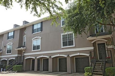 apartments with attached garages houston 3968 tri level townhome with attached garage houston