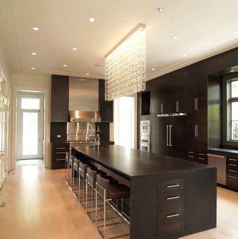 kitchen island pictures designs isla grande de cocina en color negro con cristales 5127