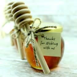 honey wedding favors best 25 honey wedding favors ideas on honey favors wedding favour honey jars and