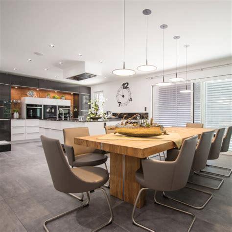 Küche Fliesen Kosten by Fliesen Kosten Materialien Tipps Zum Verlegen