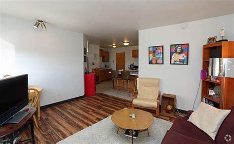 livingroom johnston 445 w johnson st wi 53703 rentals wi