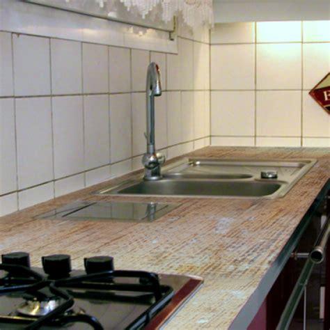 plan de travail cuisine en resine appliquer une résine sur un plan de travail de cuisine