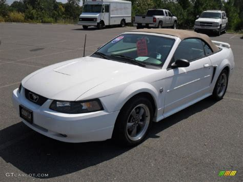 white ford mustang convertible 2004 oxford white ford mustang v6 convertible 52396325