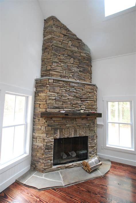 Kamin In Ecke by Corner Fireplace Like Brick To Ceiling Remodel